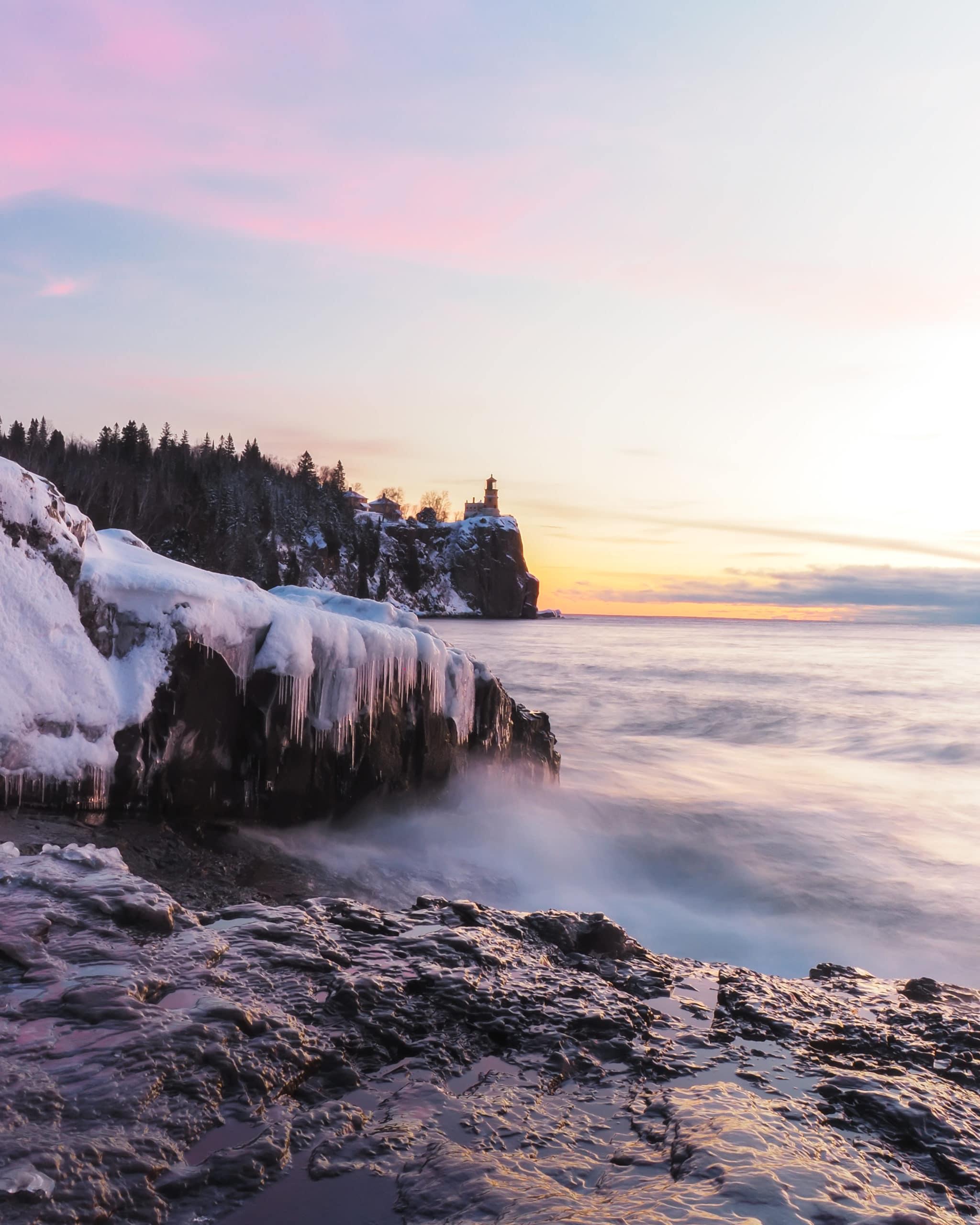 splitrocklighthouse winter nearcovepointlodge